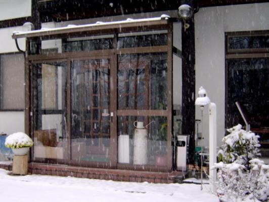 雪景色_山荘わたり_玄関
