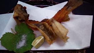 岩魚天婦羅と骨せんべい
