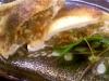 鶏肉とキノコ、揚げた蕎麦の実のいなり焼き